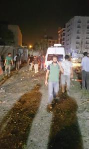 van da 2 nisan karakolu na yapilan saldirinin 8707566 7194 m 179x300 Van'da Polis Merkezine Bombalı Saldırı