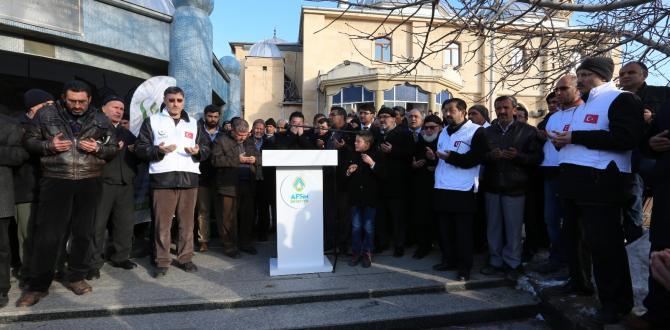 Halep İçin Harekete Geç Kampanyasında Toplanan 5 Tır Yardım Düzenlenen Törenle Gönderildi.