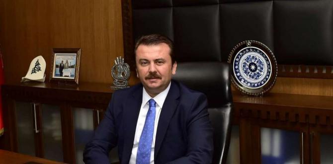 BAŞKAN ERKOÇ BABALAR GÜNÜ'NÜ KUTLADI.