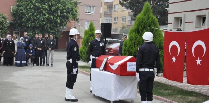 Polis Memuru İmran Kars Toprağa Verildi.