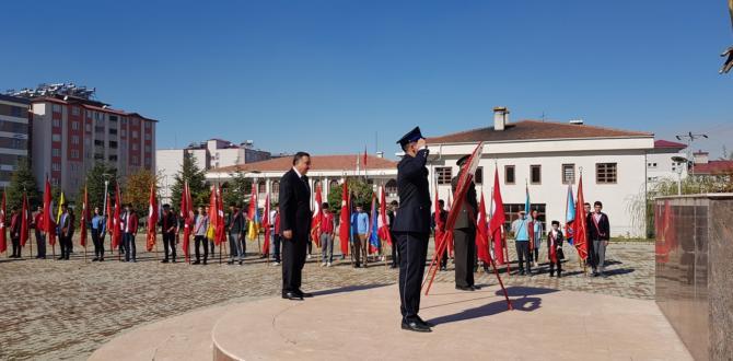 Afşin'de Cumhuriyet Bayramı Kutlama Başladı.