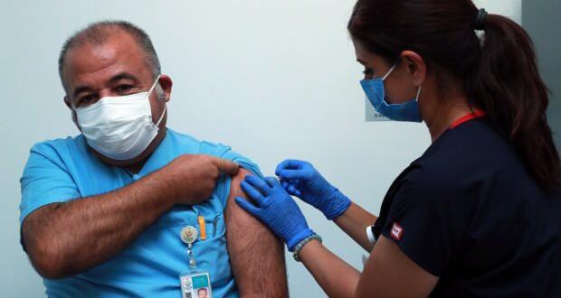Ankara Şehir Hastanesinde koronavirüs aşısının denemeleri başladı