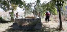 Afşin'de Mezarlık Bakımları Devam Ediyor!