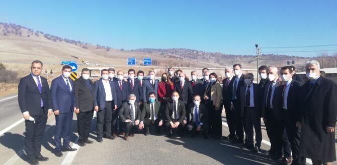 Depremin Ardından CHP'Lİ Öztunç ve 30 Milletvekili Elazığ'da