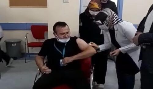 Afşin'de Sağlık Çalışanlarına Aşı Yapılmaya Başlandı!
