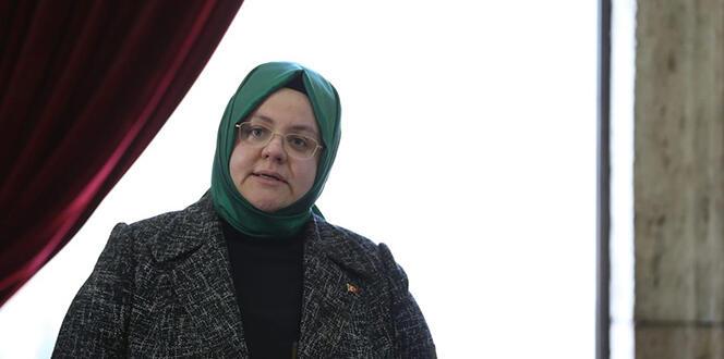 Bakan Selçuk: '700 bini aşkın kamu işçimizin ilave tediyeleri bugün hesaplara yatırılıyor'