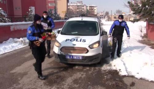 Kahramanmaraş ta polisten 155 i arayan iki kardeşe hediye tablet