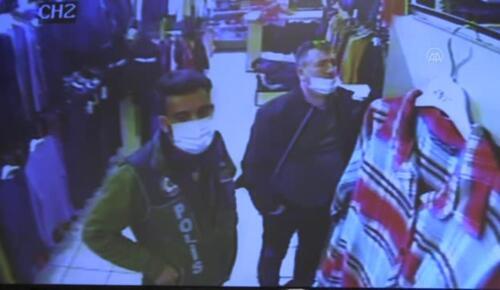 Son dakika haberi! KAHRAMANMARAŞ – Esnaf iş yerinde unutulan 90 bin lirayı polise teslim etti