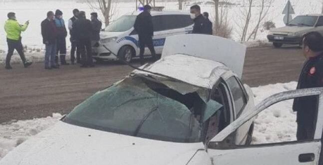 Afşin'de Trafik Kazası 1 Ölü 2 Yaralı!