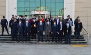 fff 1615483594 300x181 Elbistanda,Hakim ve Savcılardan Kan Bağışı