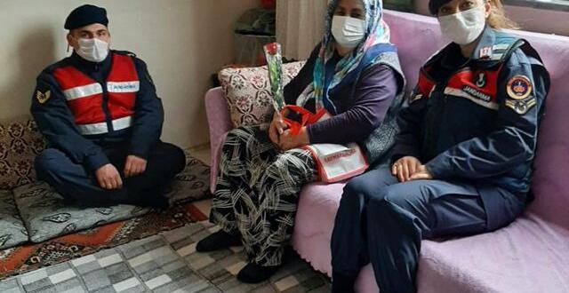 Elbistan İlçe Jandarma Komutanlığı, Yaşlıları Unutmadı
