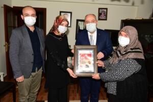 04 300x200 Vali Coşkun'dan Şehitlerimizin Kıymetli Ailelerine Ziyaret