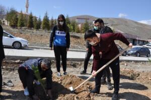 DSC 0171 4 300x199 TEMA ve Afşin Belediyesi Ortak Çalışma Gerçekleştirdi!
