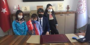 İlçe Milli Eğitim Müdürü Fatih Kaba'ya, Küçük Öğrencilerden Ziyaret!