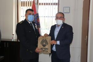 IMG 1135 300x200 İlçe Emniyet Müdürü Metin Cengiz'e, Polis Haftası Ziyareti!