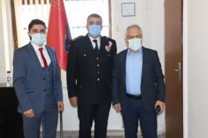 IMG 1143 300x200 İlçe Emniyet Müdürü Metin Cengiz'e, Polis Haftası Ziyareti!