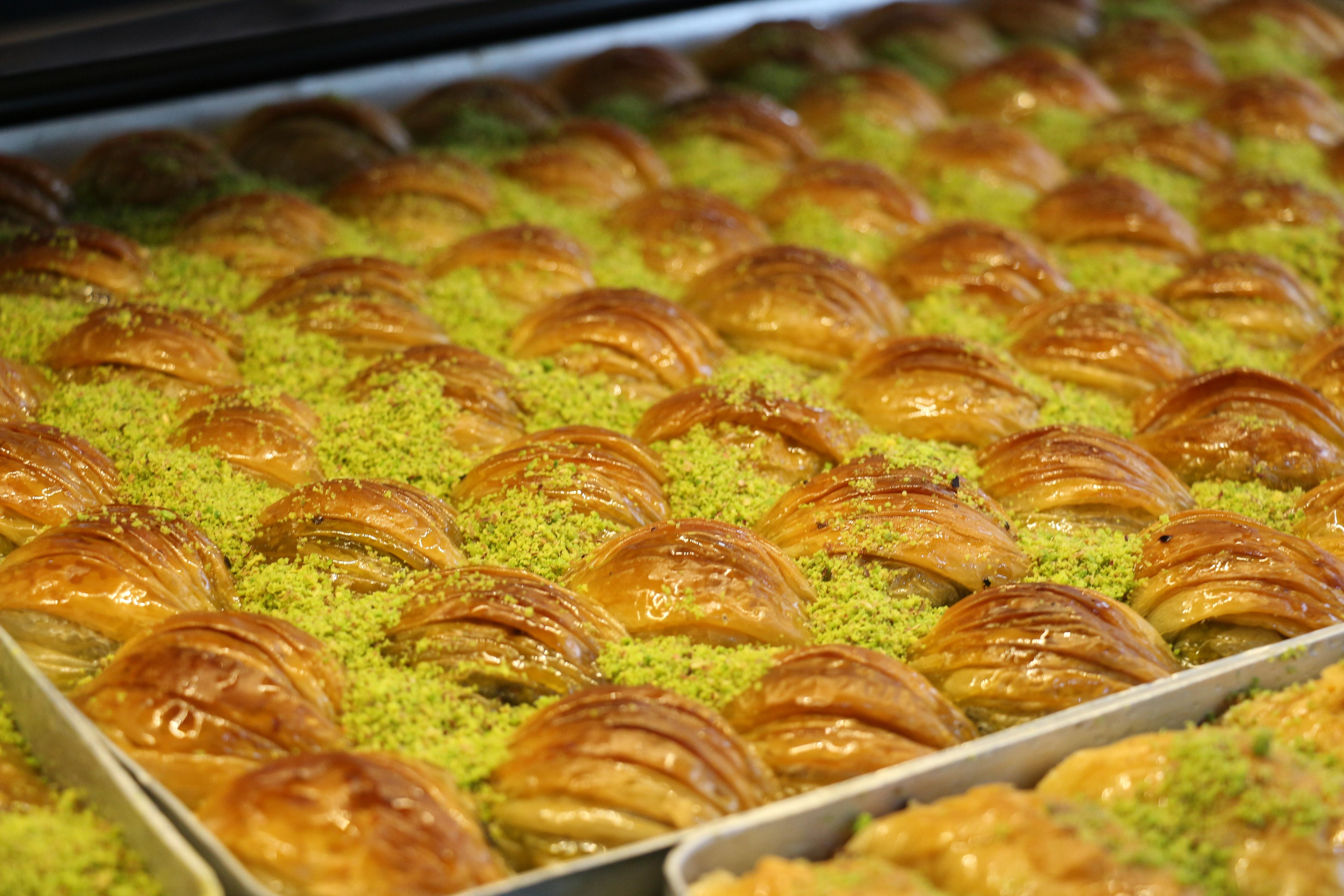 IMG 1446 Maraşlıoğlu Pastanesi, Yenilenen Yüzüyle Hizmetinizde!
