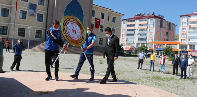 Afşin'de 19 Mayıs Çelenk Sunma Töreni Düzenlendi!