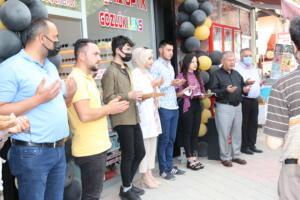 IMG 2429 300x200 Büşra Optik Düzenlenen Törenle Açıldı!