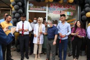 IMG 2436 300x200 Büşra Optik Düzenlenen Törenle Açıldı!