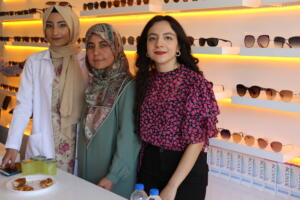 IMG 2459 300x200 Büşra Optik Düzenlenen Törenle Açıldı!