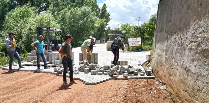 Afşin'de Mahalle Yolları İyileştiriliyor