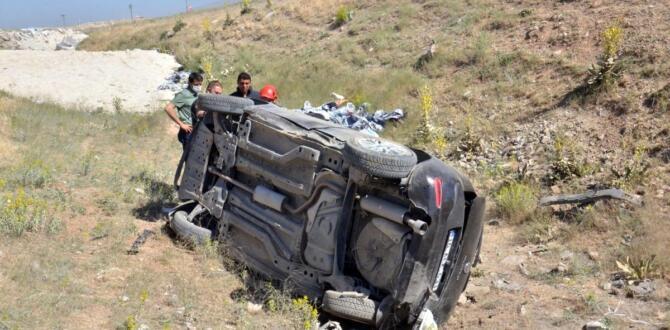 Elbistan'da, Otomobilini mıcıra kaptıran öğretmen ölümden döndü