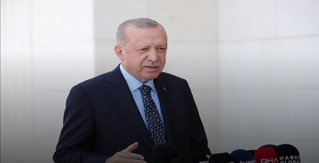 Erdoğan, Cuma Sonrası Açıklamalarda Bulundu