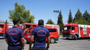 itfaiye personel destek 2 300x169 Büyükşehir'in Kahramanları Akdeniz'i Söndürecek!