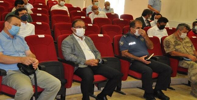 Afşin'de Afetzedelere Yardım İçin İstişare Toplantısı Yapıldı