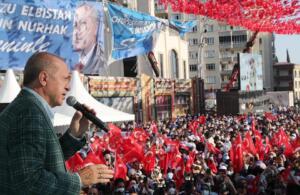 rte 1 300x195 Cumhurbaşkanı Erdoğan, Kahramanmaraş'ta toplu açılış törenine katıldı